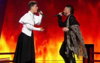 Δύσκολη απόφαση για την Έλενα Παπαρίζου στο The Voice