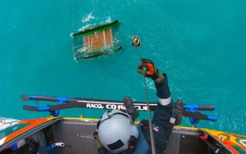 Αμερικανός ναυάγησε ανοιχτά της Αυστραλίας και πέρασε όλη τη νύχτα στον ωκεανό