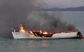 Φτηνά τη γλίτωσαν οι τουρίστες όταν το σκάφος τους χτυπήθηκε από κεραυνό