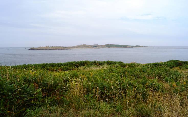 Το μικροσκοπικό νησί χωρίς κατοίκους που ψάχνει φύλακα