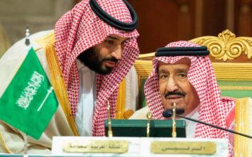 Ο Σαουδάραβας βασιλιάς προχώρησε σε αιφνιδιαστικό ανασχηματισμό της κυβέρνησης