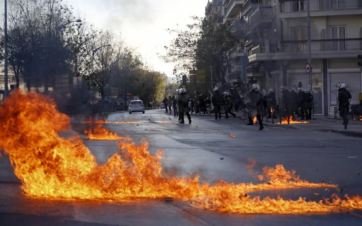 Εικόνες από τα επεισόδια στη Θεσσαλονίκη