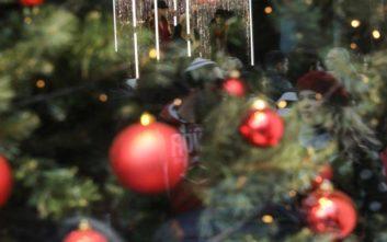 ΟΑΕΔ: Νωρίτερα το δώρο Χριστουγέννων και τα επιδόματα