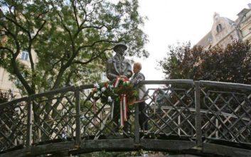 Ένα άγαλμα του Ίμρε Νάγκι προκάλεσε πολιτική κόντρα στην Ουγγαρία