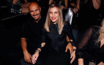 Ο Δημήτρης Σκουλός σε βραδινή έξοδο με την σύζυγό του