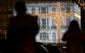 Η Αθήνα μπήκε σε ρυθμούς Χριστουγέννων