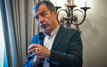 Θεοδωράκης: Η κυβέρνηση στηρίζει Μαδούρο κόντρα σε όλο τον σύγχρονο κόσμο