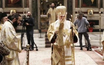 Ιερώνυμος: Απαρχή μεταστροφής του κόσμου, του καθενός προσωπικά τα φετινά Χριστούγεννα