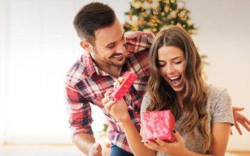 Ρολόγια και κοσμήματα, τα κορυφαία δώρα την περίοδο των Χριστουγέννων