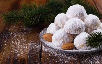 Πόσες θερμίδες καταναλώσατε με τα γλυκά των Χριστουγέννων