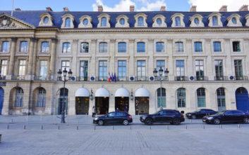 Το θρυλικό ξενοδοχείο του Παρισιού που γίνεται βιβλίο