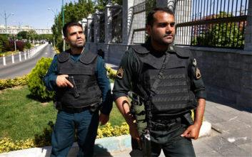 Τουλάχιστον 4 νεκροί από έκρηξη παγιδευμένου αυτοκινήτου στο Ιράν