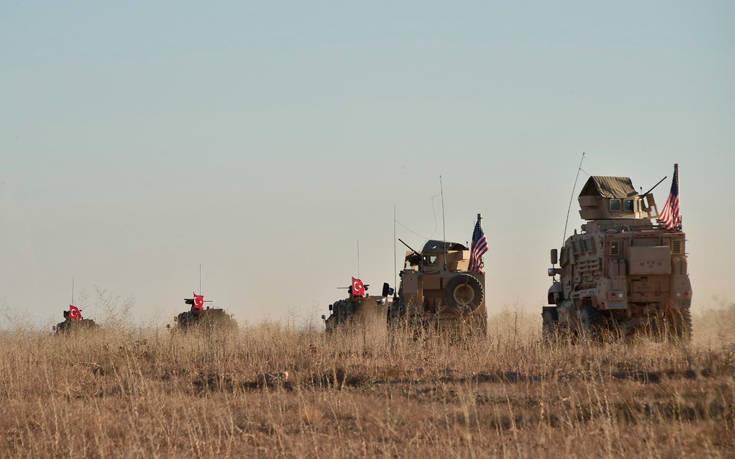 Times: Η ανάπτυξη στρατευμάτων από την Τουρκία προκαλεί φόβο σύγκρουσης με τις ΗΠΑ
