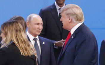 Επικοινωνία Πούτιν - Τραμπ για κορονοϊό, πετρέλαιο και G7