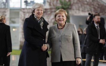 Τετ α τετ Μέρκελ – Μέι για το Brexit