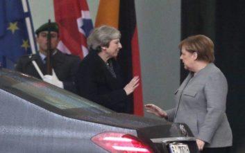 Μέρκελ: Καμία πιθανότητα επαναδιαπραγμάτευσης του Brexit