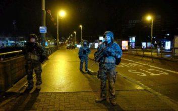 Εξακολουθεί να διαφεύγει ο δράστης της επίθεσης στο Στρασβούργο