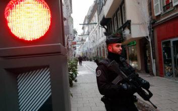 Υπό κράτηση δύο άτομα για την επίθεση στο Στρασβούργο