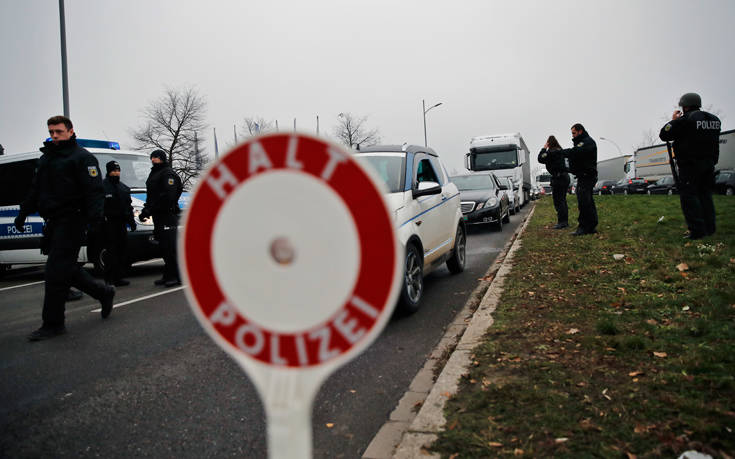 Άφαντος ο δράστης του χτυπήματος στο Στρασβούργο