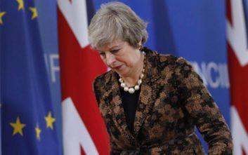Νέος γύρος συνομιλιών της Μει με Ευρωπαίους ηγέτες