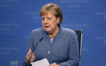 Μέρκελ: Έχουν στενέψει οι επιλογές για το Brexit