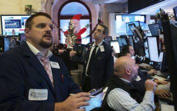 «Μαύρα» Χριστούγεννα στη Wall Street