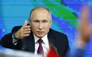 Πούτιν: Θα βάλουμε στο στόχαστρο τις ΗΠΑ αν αναπτύξουν πυραύλους στην Ευρώπη