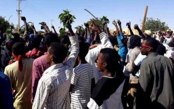 Πολυήμερες διαδηλώσεις για το ψωμί με 19 νεκρούς στο Σουδάν