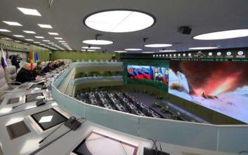 Η Ρωσία υπερηφανεύεται για τους «αήττητους» πυραύλους της