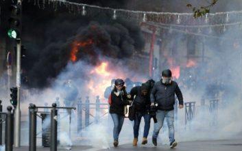 «Περίπου 125.000 διαδηλωτές βγήκαν στους δρόμους σήμερα στη Γαλλία»