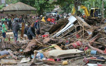 Τραγωδία στην Ινδονησία με 168 νεκρούς από το τσουνάμι