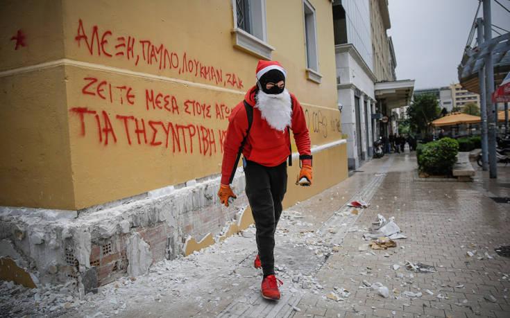 Καρέ καρέ τα επεισόδια στο κέντρο της Αθήνας