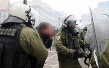 Στις 27 οι προσαγωγές λόγω των πρωινών επεισοδίων στο κέντρο της Αθήνας