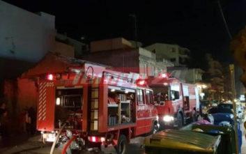 Φωτιά σε πολυκατοικία στην Πάτρα, εκκενώθηκε όροφος