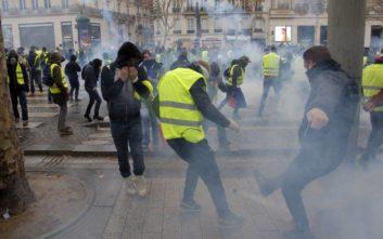 «Ξηλώθηκε» ο αρχηγός της αστυνομίας του Παρισιού λόγω... κίτρινων γιλέκων