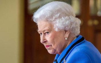 Οκτώ τροφές που η Βασίλισσα Ελισάβετ δεν τρώει ποτέ