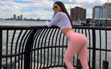 Το μοντέλο με τα σέξι οπίσθια