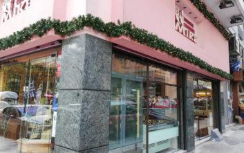 Μικέ, το διαχρονικό ζαχαροπλαστείο της πλατείας Μαβίλη