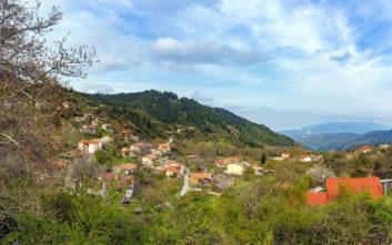 Το χωριό στη Φθιώτιδα που γαληνεύει τον επισκέπτη