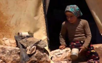Το κορίτσι που είχε για πόδια δύο κονσέρβες τόνου δίνει ένα δυνατό μάθημα ζωής