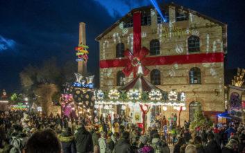 Λαμπερά Χριστούγεννα σε τέσσερις πόλεις της Ελλάδας