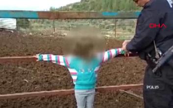 Έδεσε τα παιδιά του στο φράχτη γιατί ήταν άτακτα
