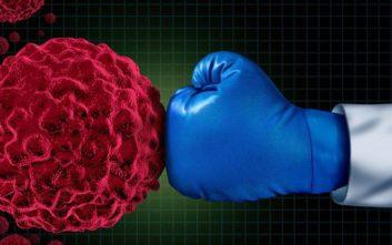 Η βραβευμένη Ελληνίδα ερευνήτρια μιλά για τις εξελίξεις στη θεραπεία του καρκίνου