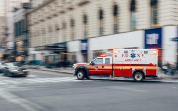 Τα ασθενοφόρα αργούν να φτάσουν στις φτωχές γειτονιές