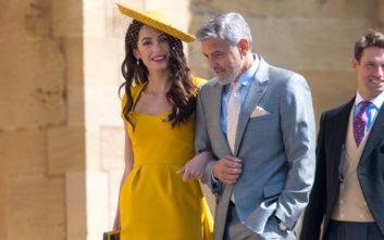 Πωλείται το φόρεμα που φορούσε η Αμάλ Κλούνεϊ στο γάμο του Χάρι και της Μέγκαν Μαρκλ