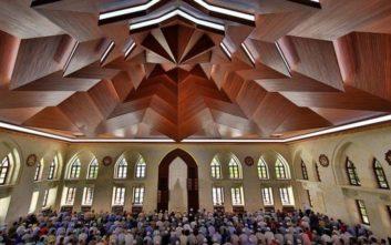 Το υπουργείο Παιδείας αναζητά ιμάμη για το Ισλαμικό Τέμενος Αθηνών