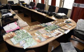 «Χρυσές» δουλειές για εγκληματικές οργανώσεις πλαστογραφιών και εισαγωγής προϊόντων «μαϊμού»