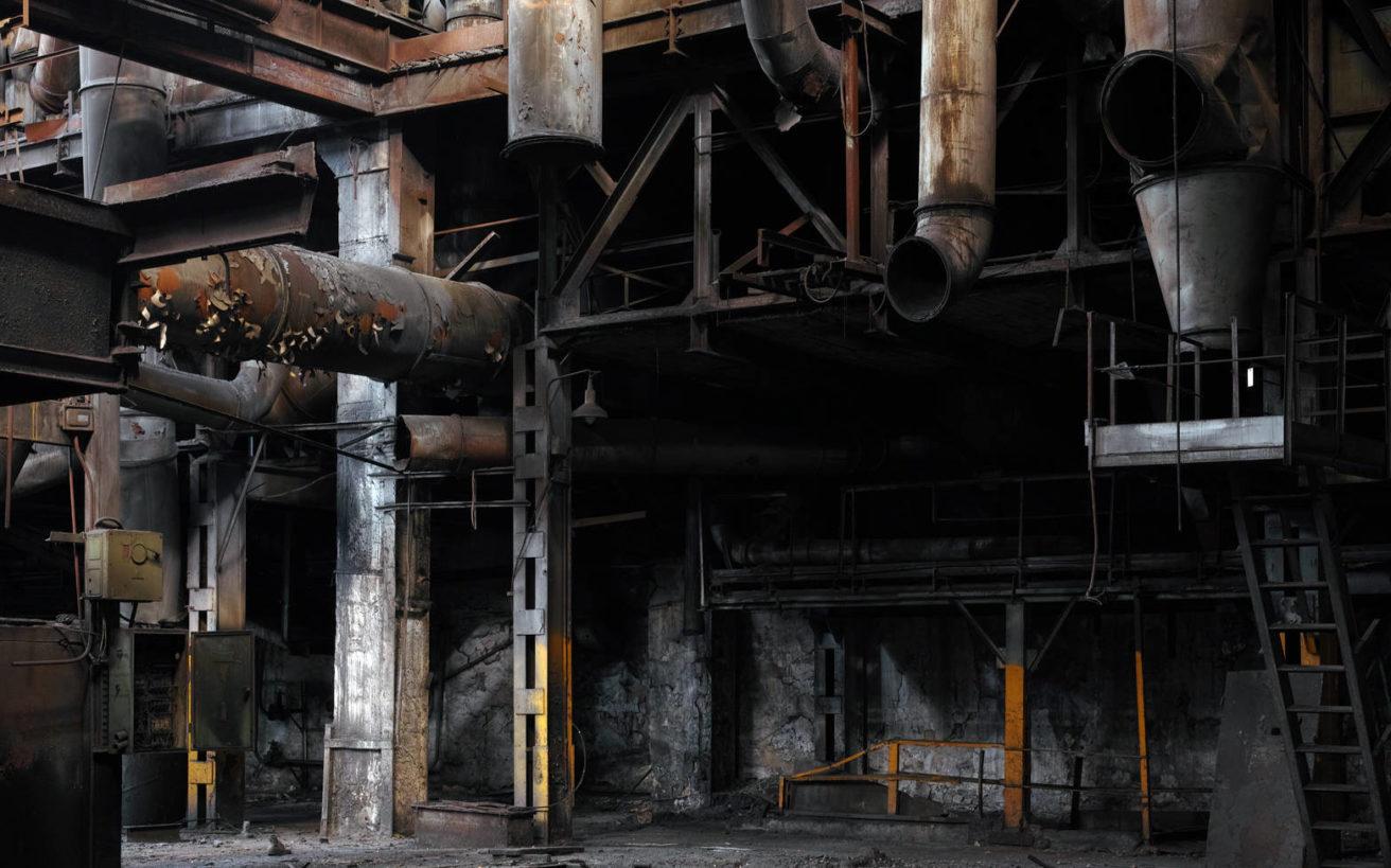 Η βαριά ελληνική βιομηχανία με τις σβηστές μηχανές