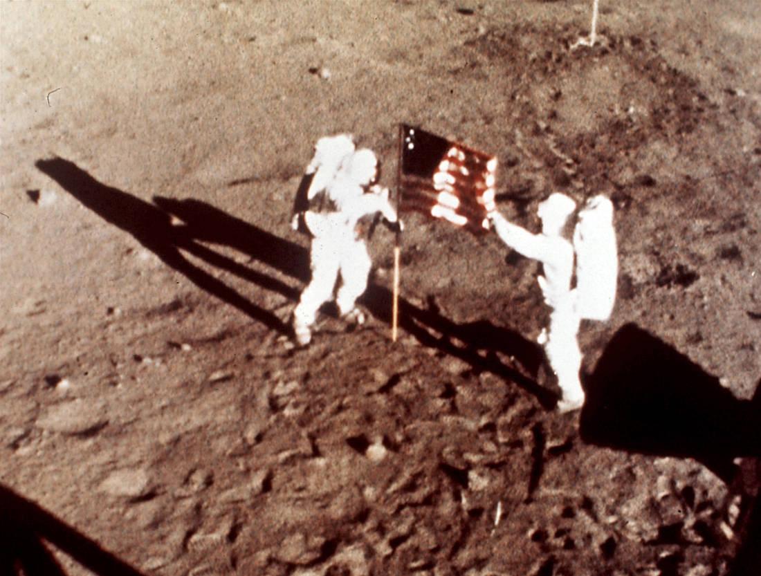 Τα «μυστικά» που δεν ξέραμε για το περίφημο πρώτο ταξίδι του ανθρώπου στη Σελήνη