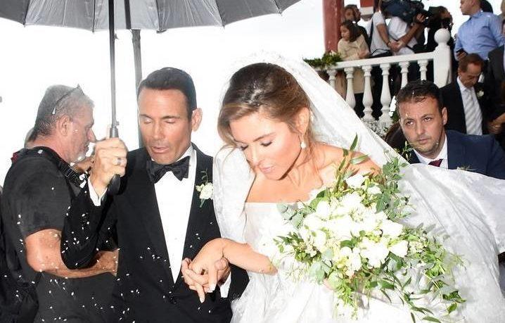 Η αδημοσίευτη φωτογραφία από τον γάμο της Μαρίας Μενούνος